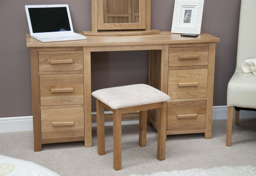 Inspire Oak 6 Drawer Dressing Table & Stool