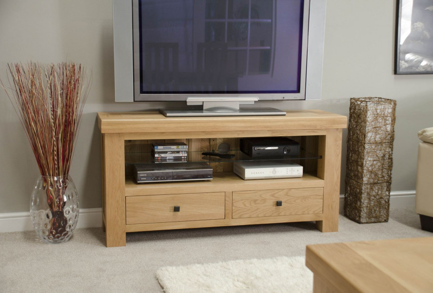 Brittany TV Unit