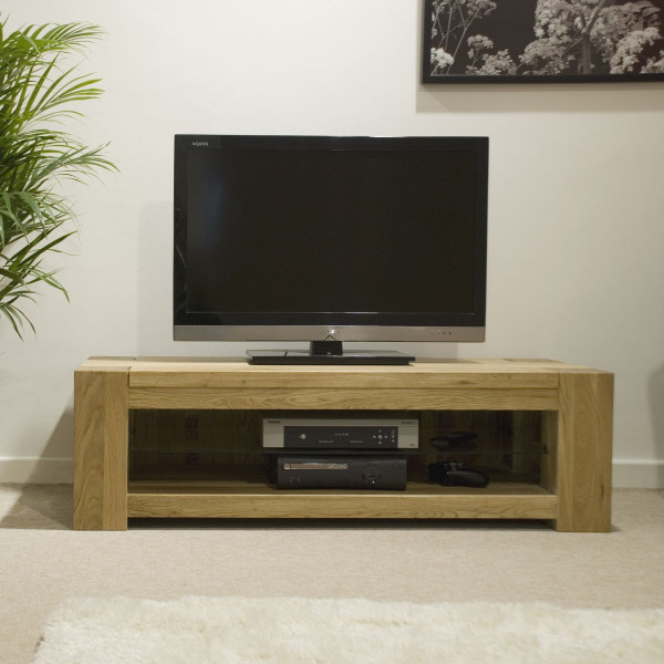 Chunky Oak Plasma TV Unit