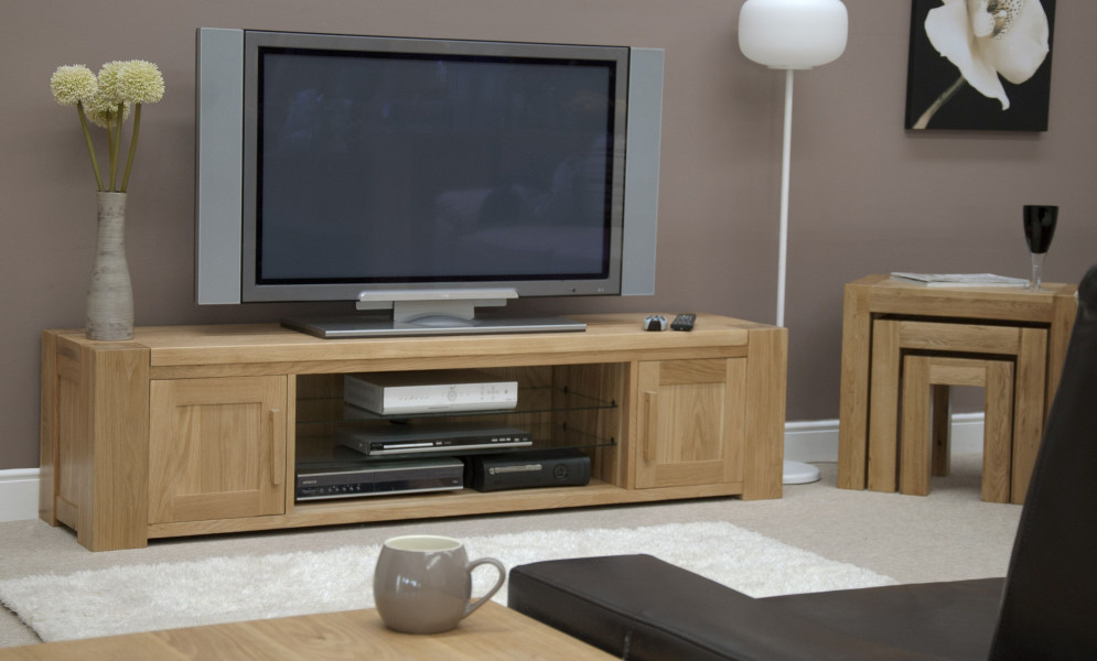 Chunky Oak Large Plasma TV Unit